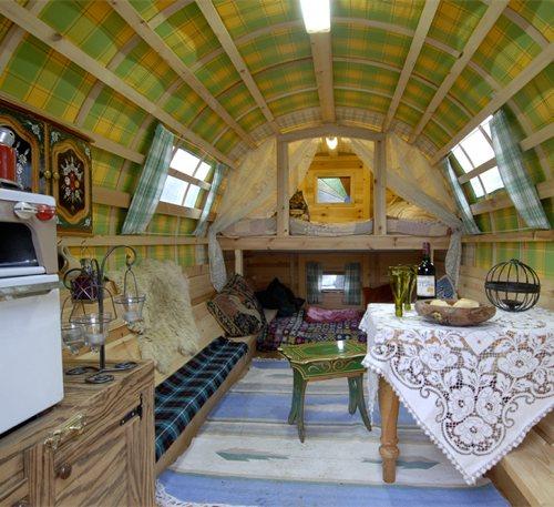 Gypsy_bowtop_caravans_11